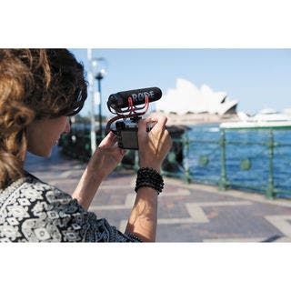 Rode VideoMic GO Lightweight On-Camera Microphone|https://ak1.ostkcdn.com/images/products/14074931/P20686673.jpg?impolicy=medium