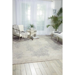 Nourison Silk Shadows Ivory/Silver Area Rug (5'6 x 7'5)