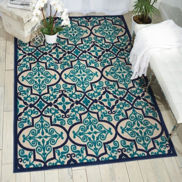 The Curated Nomad Varennes Indoor/Outdoor Navy Rug (3'6 x 5'6) - 3'6 X 5'6