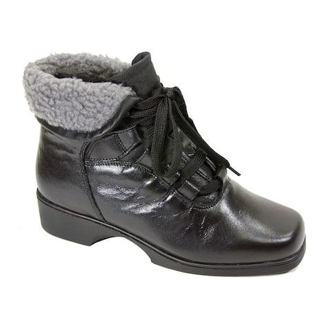 FIC PEERAGE Women's Hazel Leather Extra-wide Bootie