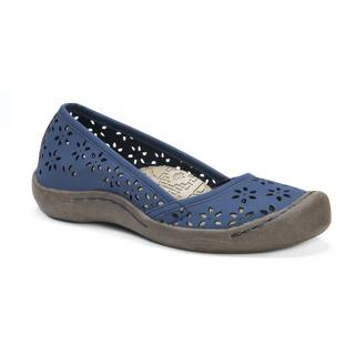 Muk Luks Women's Sandy Slip-ons|https://ak1.ostkcdn.com/images/products/14085898/P20696301.jpg?impolicy=medium