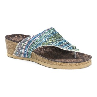 Muk Luks Women's Sue Ellen Multicolored Sandals