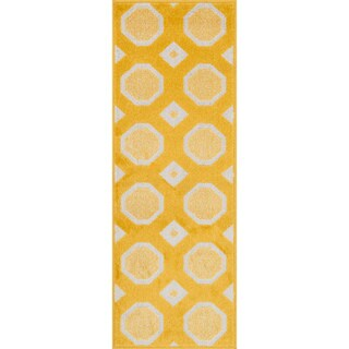 "Palm Lemon/ Ivory Geometric Rug (1'8 x 5') - 1'8"" x 4'11"""