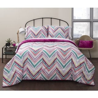 Latitude Liza Royal Plush 7-piece Bed in a Bag with Sheet Set