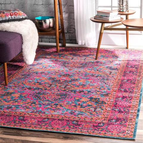 nuLOOM Pink Traditional Floral Area Rug