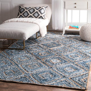 nuLOOM Handmade Braided Geometric Diamond Jute Rug (4' x 6')