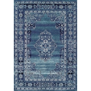 Couristan Vintage Center Medallion/Robin's Egg-Aqua Area Rug - 5'3 x 7'6