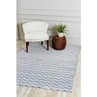 "Persian Rugs Grey/White Zigzag Indoor Area Rug - 7'10"" x 10'6"""
