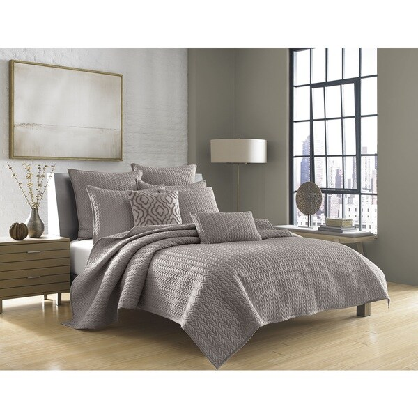 Five Queens Court Catori Charcoal Coverlet