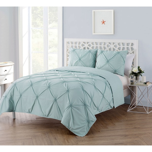 VCNY Home Floral Burst 3 Piece Technique Quilt Set