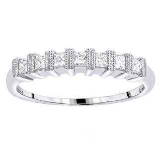 Luxurman 14k White Gold 5/8ct TDW Diamond Wedding Band (H-I, SI1-SI2)
