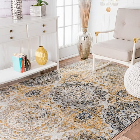 nuLOOM Gold Transitional Damask Faded Area Rug
