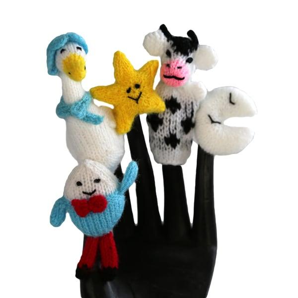 Handmade Wool Mother Goose Finger Puppet Set (Peru)