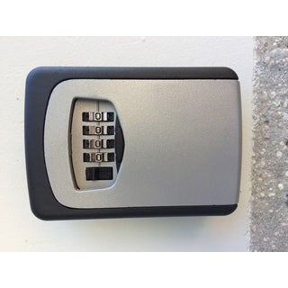 MaxWorks 70465 Wall Mounted Key Storage Combination Lock Box