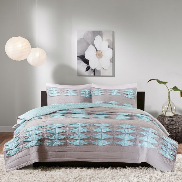 Madison Park Cameron Aqua/ Grey Quilted Cotton Coverlet Set