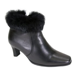 Fic Peerage Women's Venus Leather/Fur-collared Extra-wide Dress Booties
