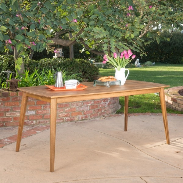 Sunqueen outdoor acacia wood rectangle dining table by for Table queens acacia