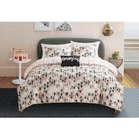 Formula Maddie Diamond 8-piece Bed in a Bag with Sheet Set