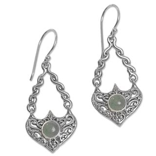 Handcrafted Sterling Silver 'Misty Eyes' Aventurine Earrings (Indonesia)