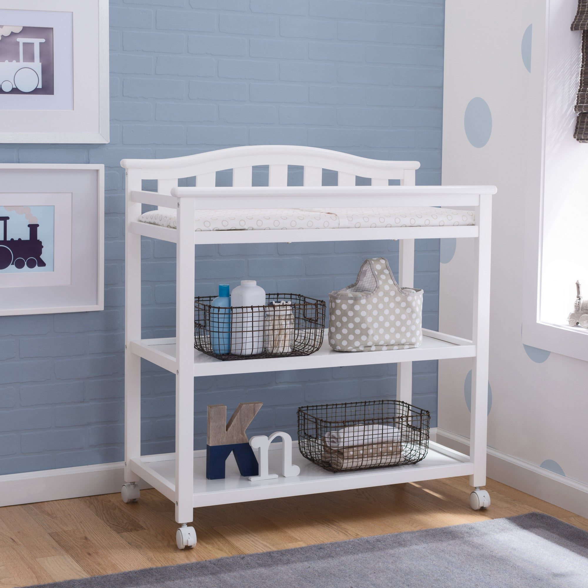 Delta Children Bell Top Changing Table with Casters, Bian...