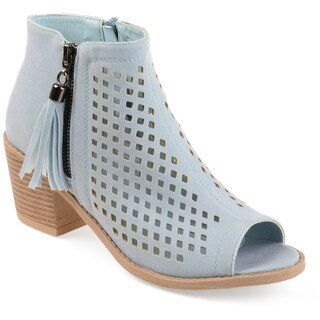 Journee Collection Women's 'Pixie' Laser Cut Tassle Booties