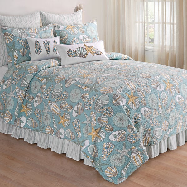 Cabana Bay Seashell Print Cotton Quilt (Shams Not Included)