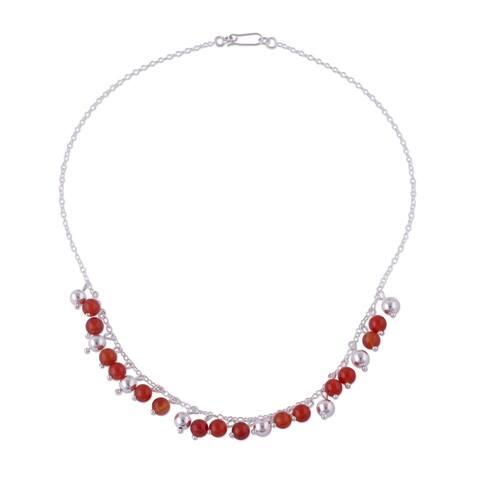 "Handmade Sunny Harmony Sterling Silver Carnelian Necklace (Peru) - 7'6"" x 9'6"""