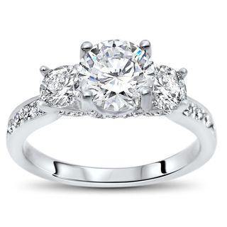 Noori 18k White Gold 1ct TGW Round Moissanite 3 Stone and 4/5ct TDW Diamond Engagement Ring (G-H, SI1-SI2)