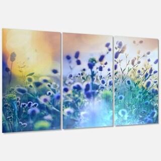 Designart 'Blue Summer Flowers on Meadow' Floral Glossy Metal Wall Art