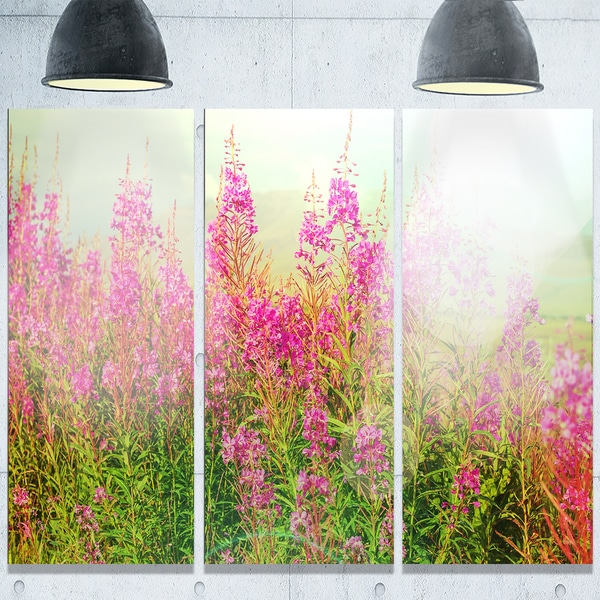 Designart 'Meadow with Little Purple Flowers' Floral Glossy Metal Wall Art