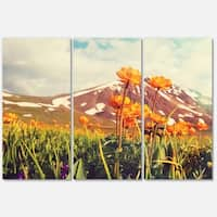Designart 'Fantastic Yellow Flowers in Meadow' Large Flower Glossy Metal Wall Art