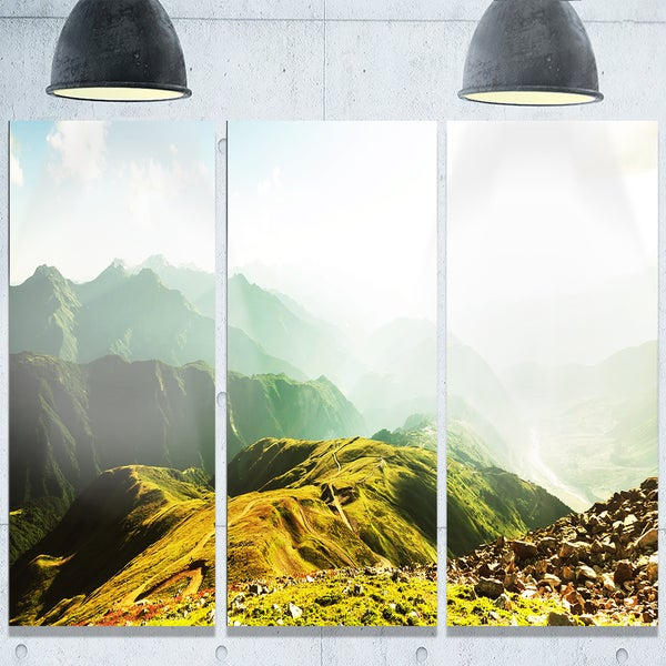 Designart 'Caucasus Mountains Panorama' Landscape Glossy Metal Wall Art