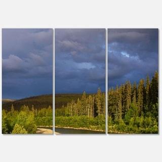 Designart 'Lake on Alaska under Clouds' Landscape Glossy Metal Wall Art