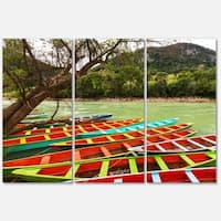 Designart 'Colorful Boats in Mexico' Landscape Glossy Metal Wall Art