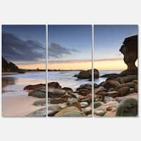 Designart 'Noraville Central Coast Australia' Modern Seashore Glossy Metal Wall Art