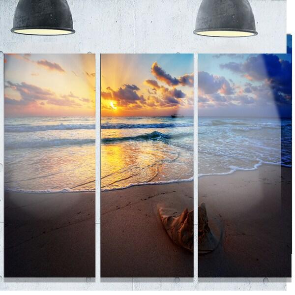 Designart 'Quiet Seashore during Sunset' Seashore Art Glossy Metal Wall Art