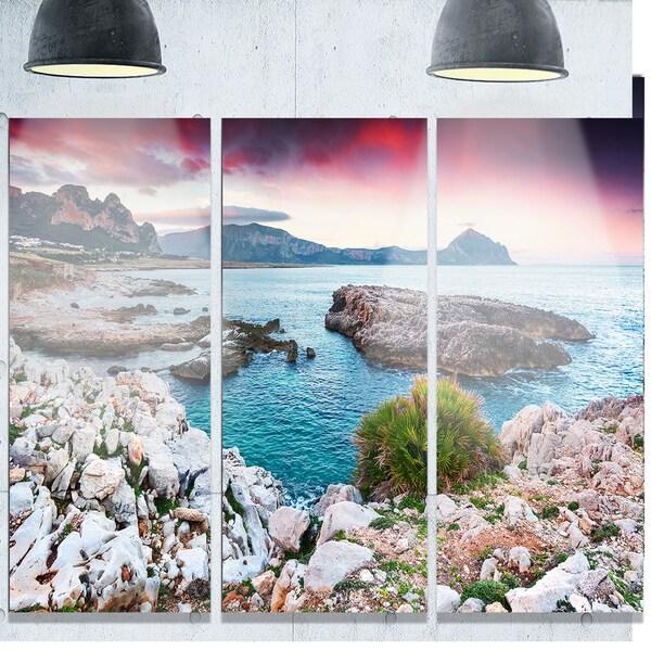 Designart 'Nature Reserve Monte Cofano' Landscape Glossy Metal Wall Art