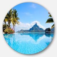 Designart 'Bora Bora Landscape' Photography Circle Metal Wall Art