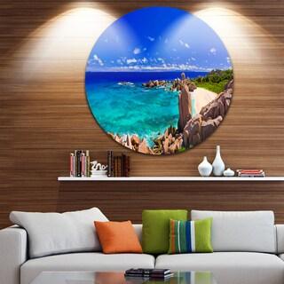 Designart 'Tropical Beach Panorama' Seascape Photo Aluminum Circle Wall Art