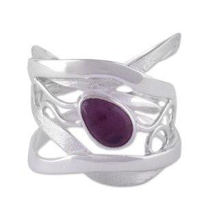 Handmade Sterling Silver 'Lyrical' Amethyst Ring (Peru)