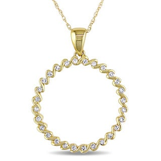 Catherine Catherine Malandrino 1/6ct TDW Diamond Twisted Open Circle Necklace in 10k Yellow Gold