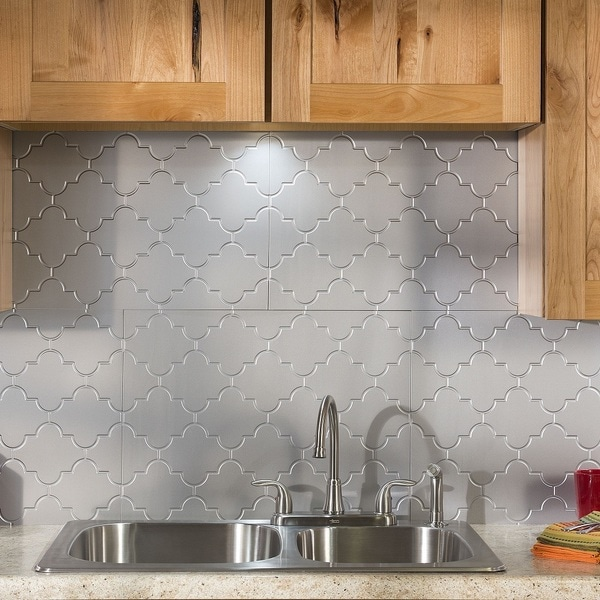 pic of kitchen backsplash shop fasade monaco argent silver backsplash panel free 4169