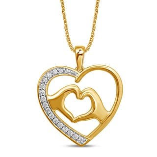 Unending Love 10k Yellow Gold 1/8ct TDW Diamond Heart Fashion Pendant (I-J, I1-I2)