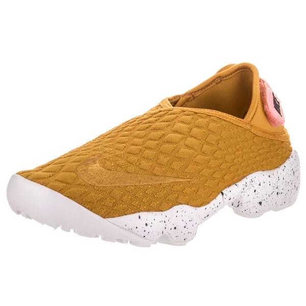 Nike Women  x27 s Nike Rift Wrap SE Goldcolored Textile Lifestyle Shoes 2b255b546f