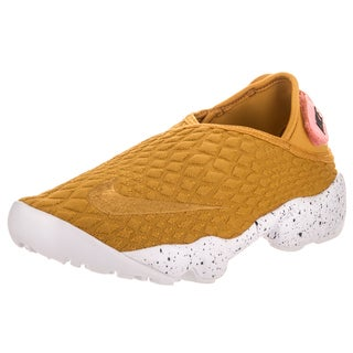 Nike Women's Nike Rift Wrap SE Goldcolored Textile Lifestyle Shoes