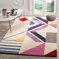 Safavieh Fifth Avenue Hand-Woven New Zealand Wool Ivory / Purple Area Rug - 5' x 8'