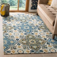 Safavieh Suzani Hand-Woven Wool Ivory / Blue Area Rug - 5' x 8'