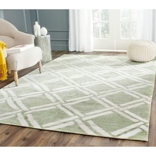 Safavieh Moroccan Hand-Woven Green / Ivory Area Rug (9' x 12')