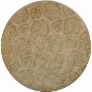 Martha Stewart by Safavieh Geranium Leaf Hazelnut/ Gold Wool/ Viscose Area Rug - 6' Round