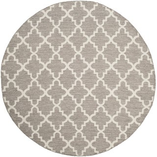 Safavieh Hand-Woven Montauk Flatweave Grey / Ivory Cotton Rug (6' Round)